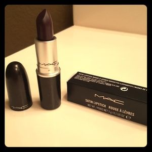 MAC Satin Lipstick- Cyber